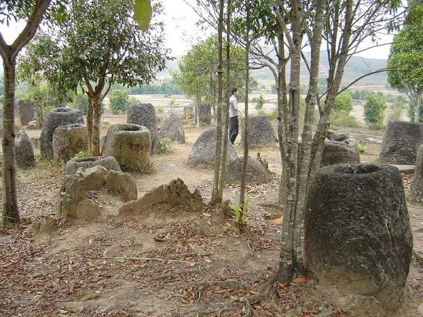 plain-of-jars-3