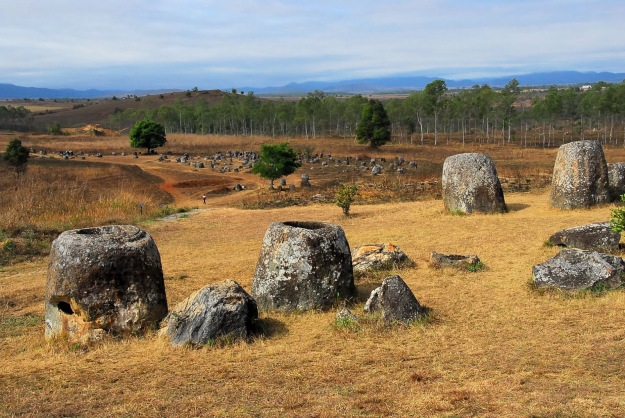 Plain_of_Jars-Laos-List_of_World_Heritage_Sites_in_Southeast_Asia-Megalith-Tourism_in_Laos-Xiangkhoang_Plateau